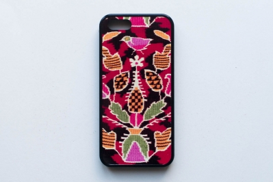 Phone Cover with Kilim Pattern IV